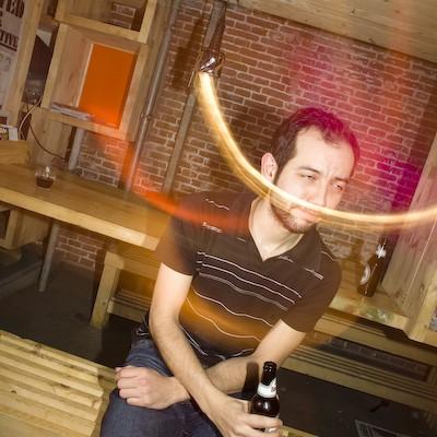 bar dancing Nikola Tesla