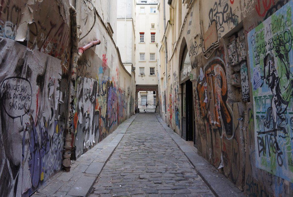 Paris Alley